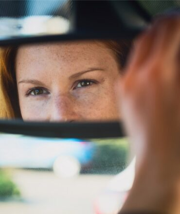 Quick Driving Anxiety Tips For When Drivers Get Too Close Behind You